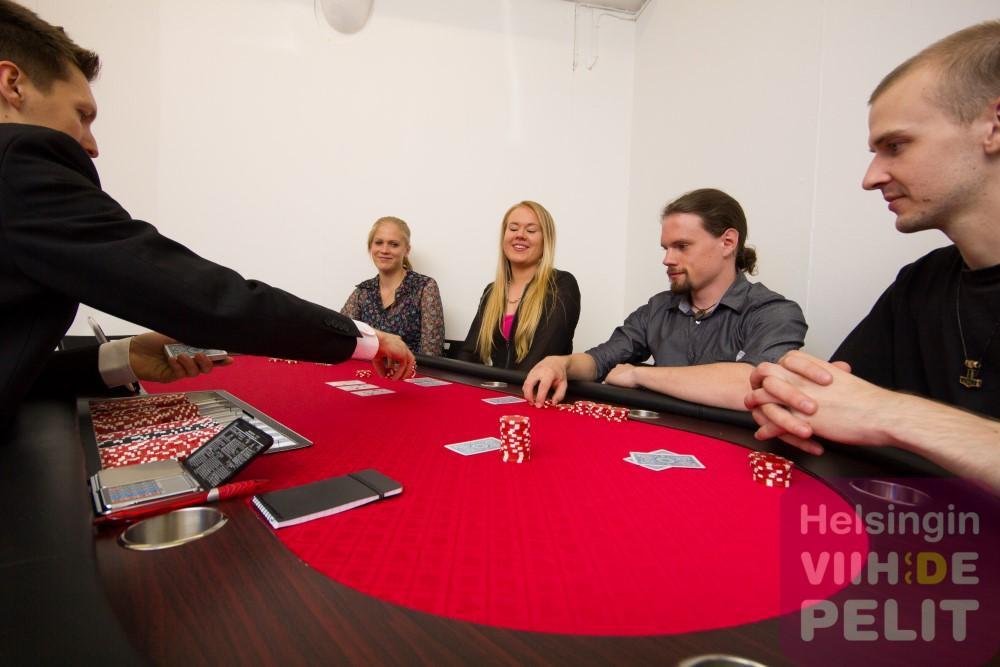 Pokeri PRO kasinopöytä – Vuokraa viihdelaitteet ja
