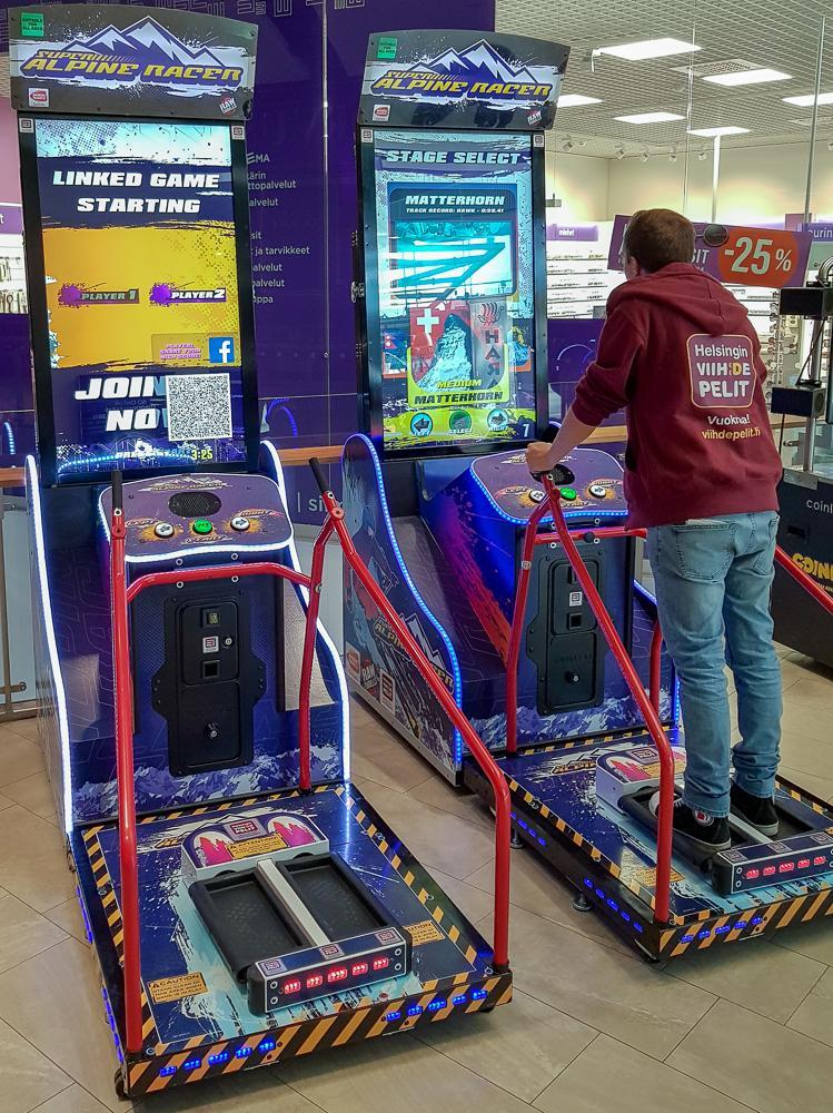 Electronic slot machine